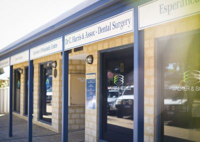 Dempster St Entrance - Harris Dental Esperance